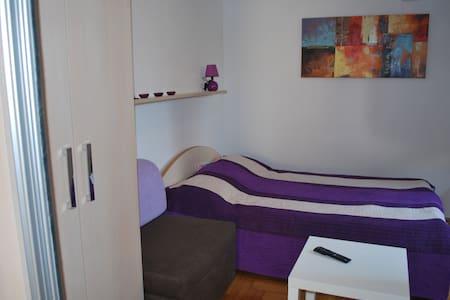 Studio apartman Petra - Apartment