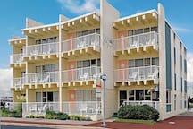 Oceanview, 2 Double Beds, Kitchenette, Balcony-B