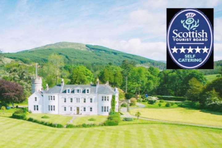 Bute - Luxury 5* Accommodation, Cowal, Argyll - Toward - Huoneisto