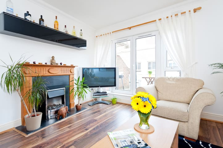 Amazing 2-Bed Flat in the Centre of Dublin!