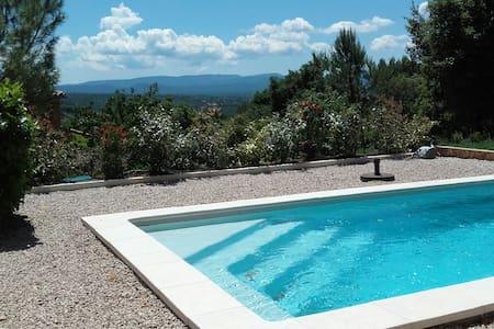 Villa avec vue imprenable et piscine - Seillons-Source-d'Argens
