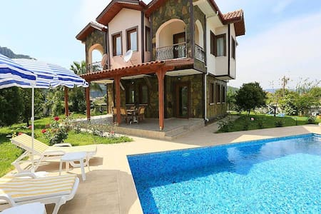 7 people,private pool,internet - Dalyan - Huvila
