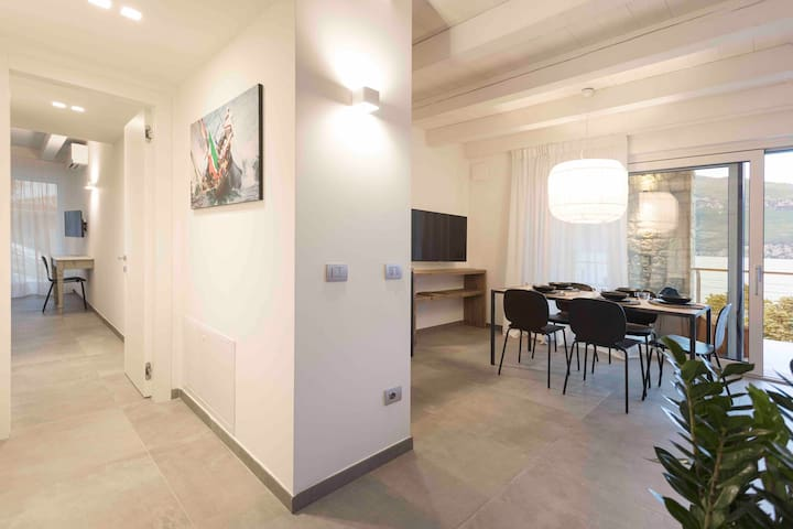 Three - room deluxe apartment