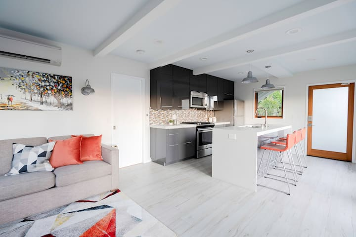 High-End local Suite PATIO MODERNO #415 by SoEnzo