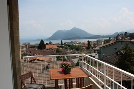 Stresa apartment CENTRAL with LAKE VIEW - Stresa - 公寓