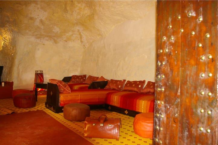 Cave dwelling Bhalil-Fés Maroc - البهاليل - Casa