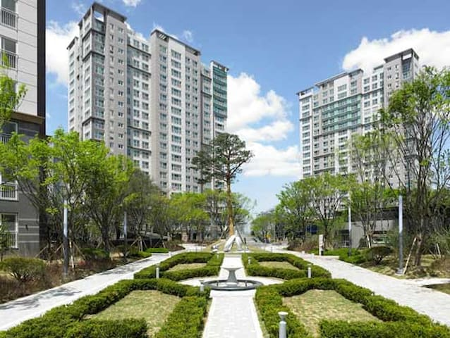 Comfortable & Fascinating Place - Seo-gu - Apartment