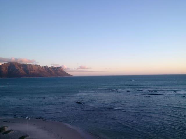 Ocean View 602 - - Cape Town - Flat