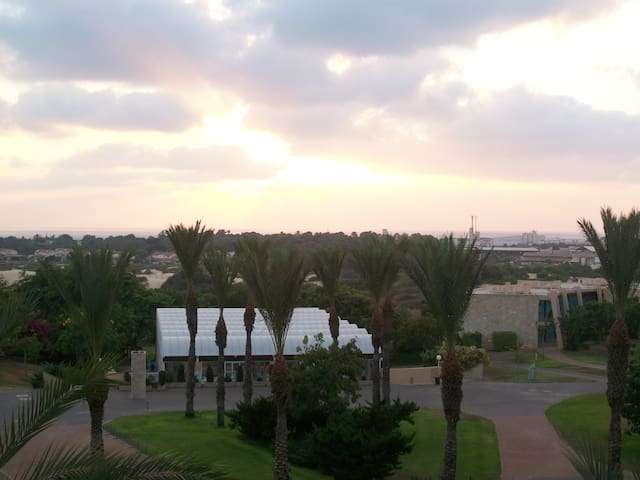 Sea View Apartment on the Med - Caesarea - Byt