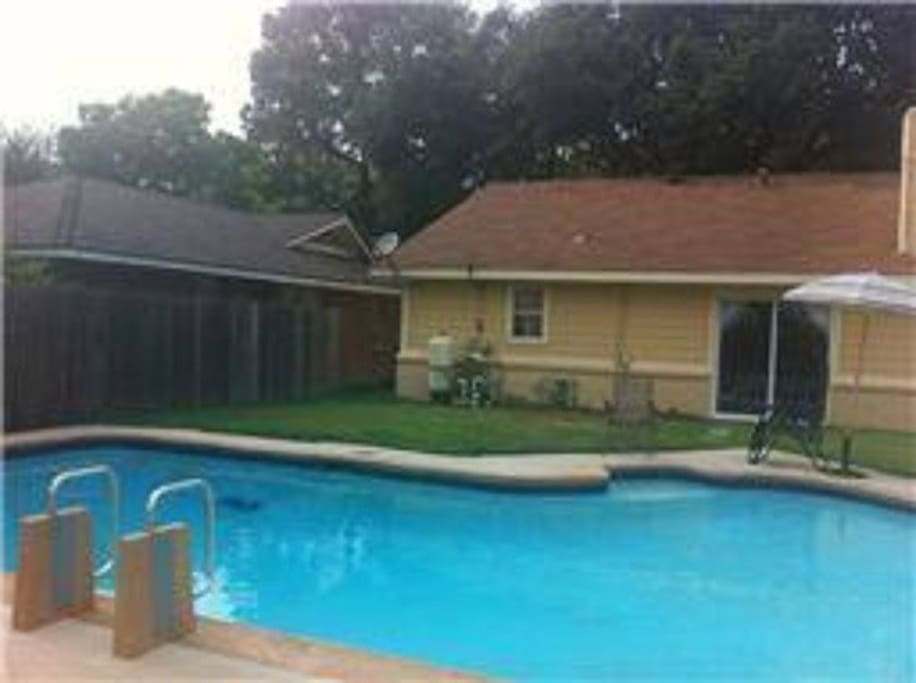 House For Superb Weekend With Swimming Pool Bungalows For Rent In Houston Texas United States