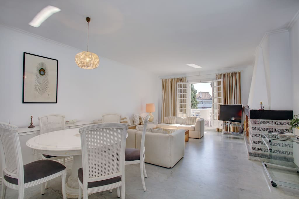 Dinning and sitting room