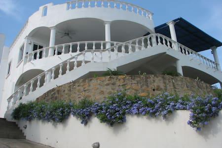Stunning Villa Mexican Country Town - La Peñita de Jaltemba