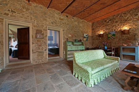 The Barn - Apartment in farmhouse - Reggello