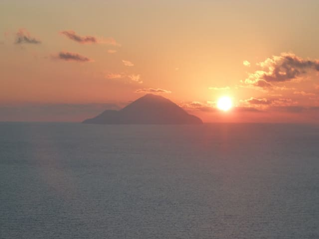 tramonto house with an amazing view - Lipari - House