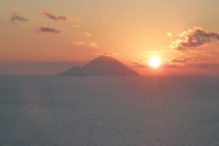 tramonto house with an amazing view - Lipari - Dom