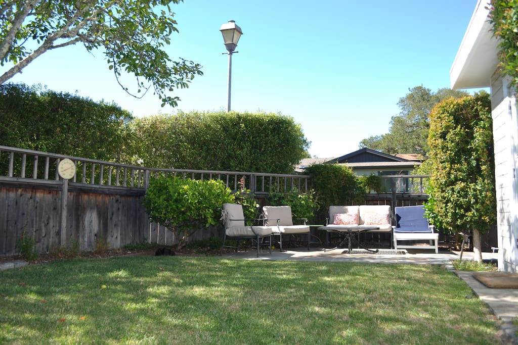 Front Yard, Patio (includes grilling area)