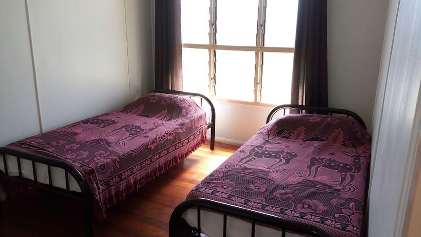 Home with 2 bedrooms in Kokopo