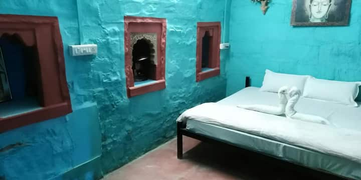 Family Home Stay @ Blue City of Jodhpur