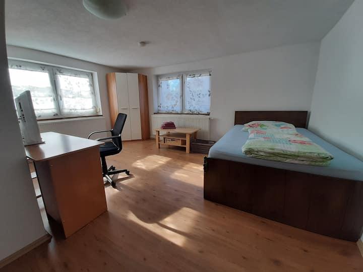 Zimmer 001 - nur für Monteure