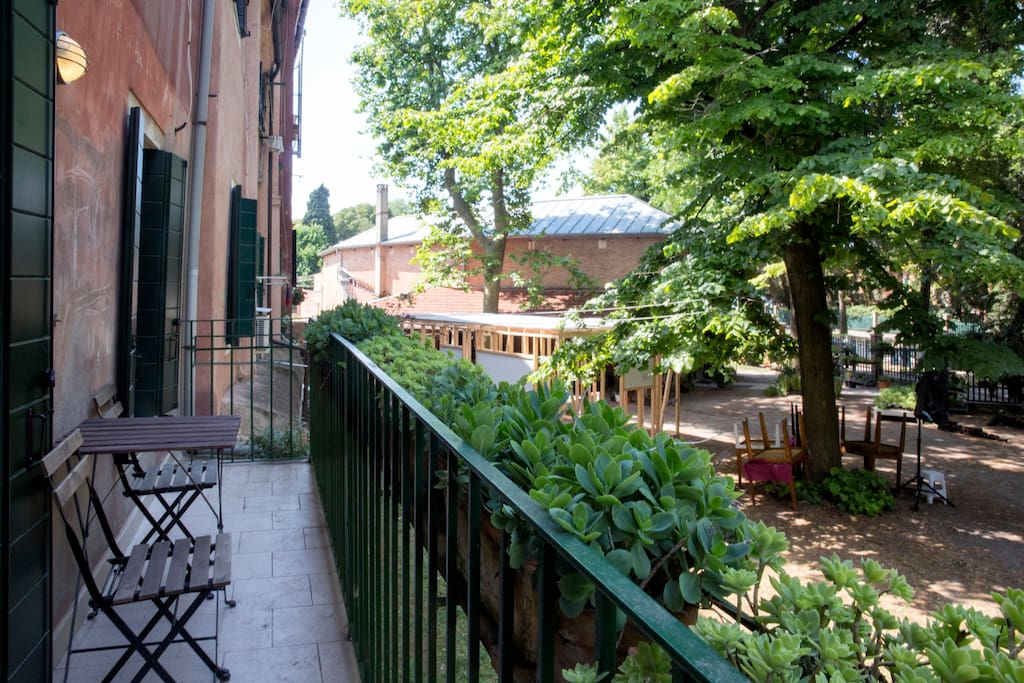 Giardini biennale serra appartements louer venise for Giardini a venise