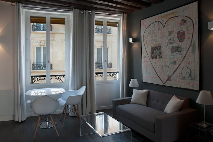 New Design apartment in Montorgueil