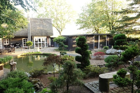 Charming Private Annex with Japanese Garden