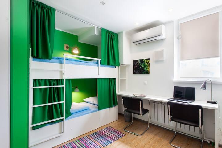 Хостел Квартира31 Место в 6 местном общем номере