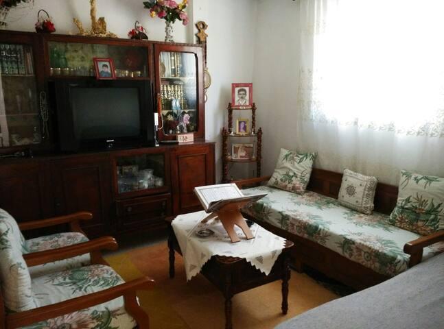 Maison de vacances entière - fully furnished house