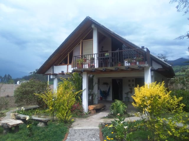 Country house close to Quito - Tambillo - Hus