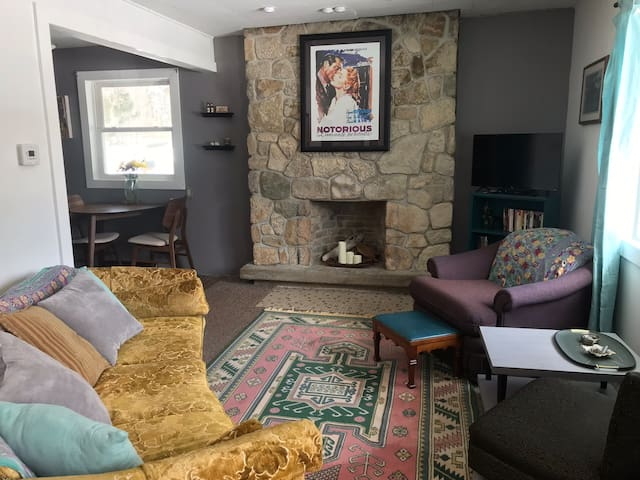 Cozy Home with Vintage Flair—Near Downtown MQT