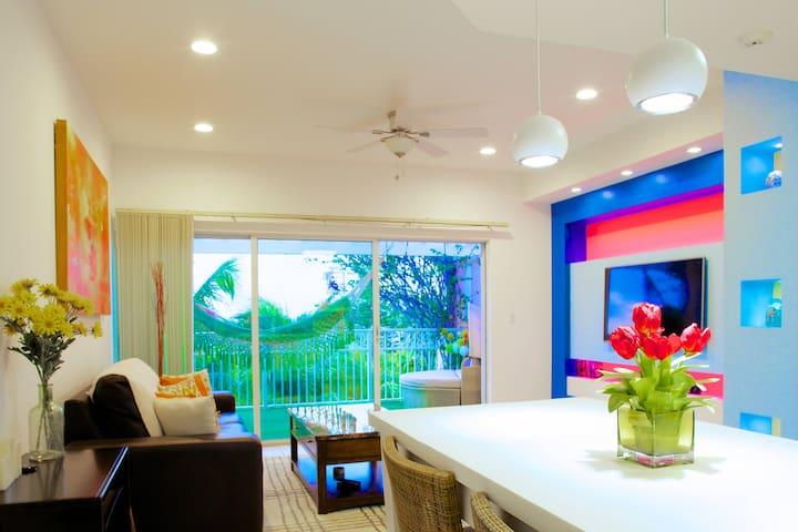 Romantic Penthouse in Grace Bay - providenciales - Apartamento