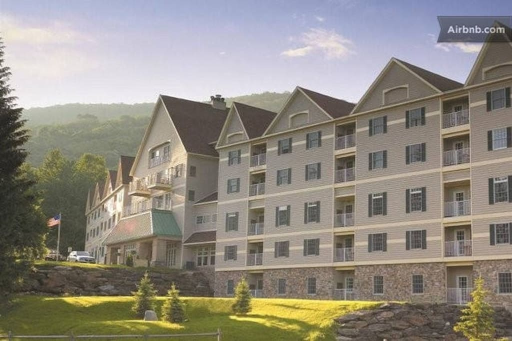 Year Round Mountainside Fun 2br Ste Apartments For Rent