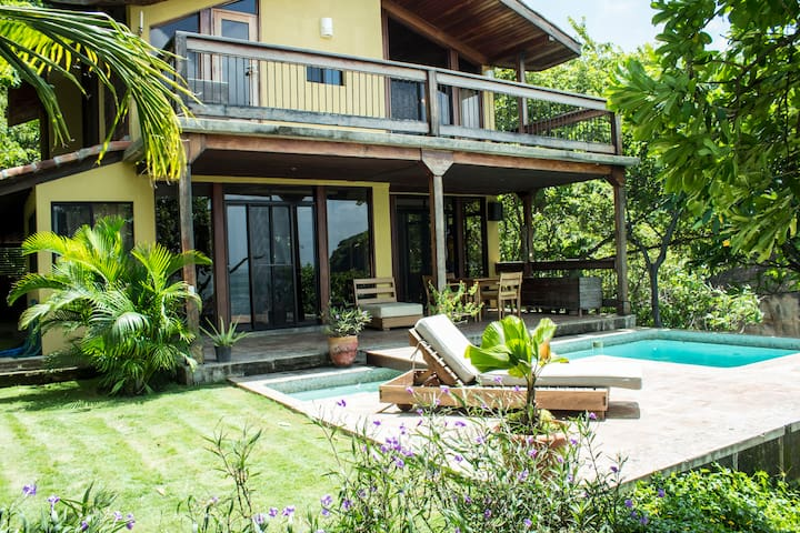 One of a kind home in Redonda Bay