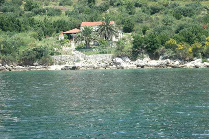 UNIQUE Secluded House on the sea - Mlini - House