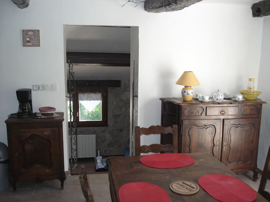 la maison de julie lou soutran case in affitto a. Black Bedroom Furniture Sets. Home Design Ideas