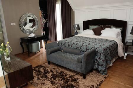 Senayan Golf Residence 3 Storey House Minimalis - Kebayoran Lama - Sorház