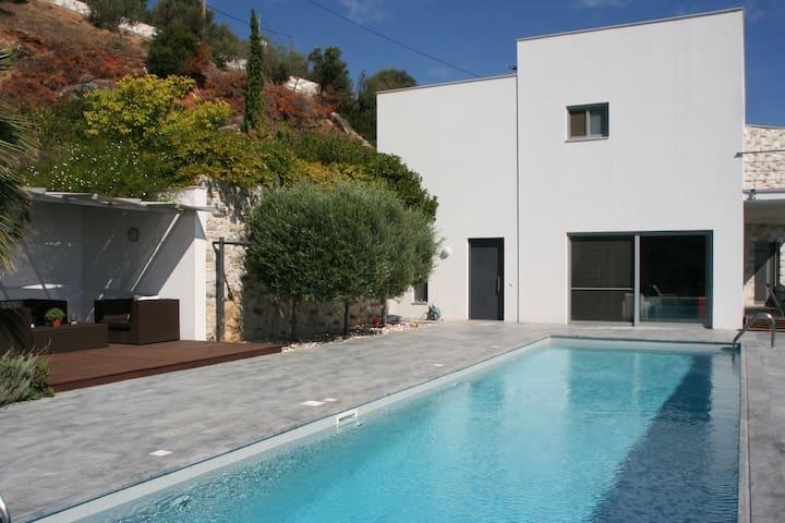Villa Nafsika avec magnifique vue sur la mer Égée