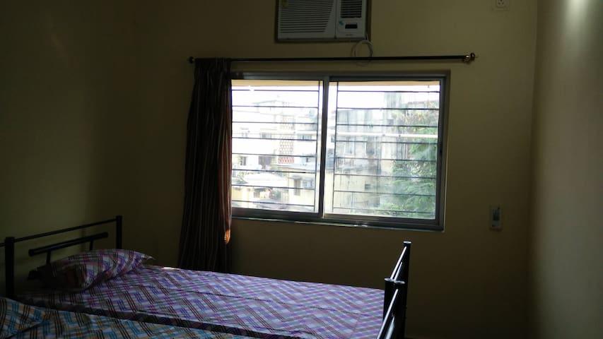 Surya Kamal Guesthouse Room 3 - Jamshedpur - เกสต์เฮาส์