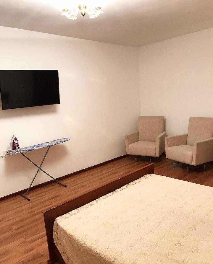Уютная 1-комнатная квартира в новом центре города.