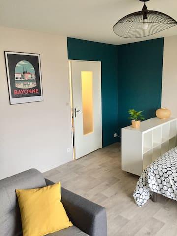 Studio de 30 m2 contemporain et lumineux