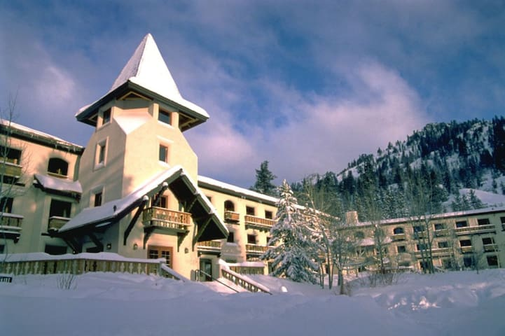 Base of Squaw Valley, Walk to Lifts & Village