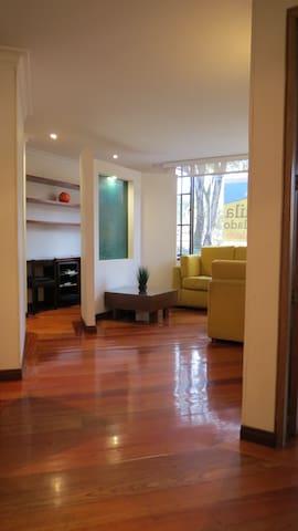 Confortable Apartamento frente al Gimnasio Moderno