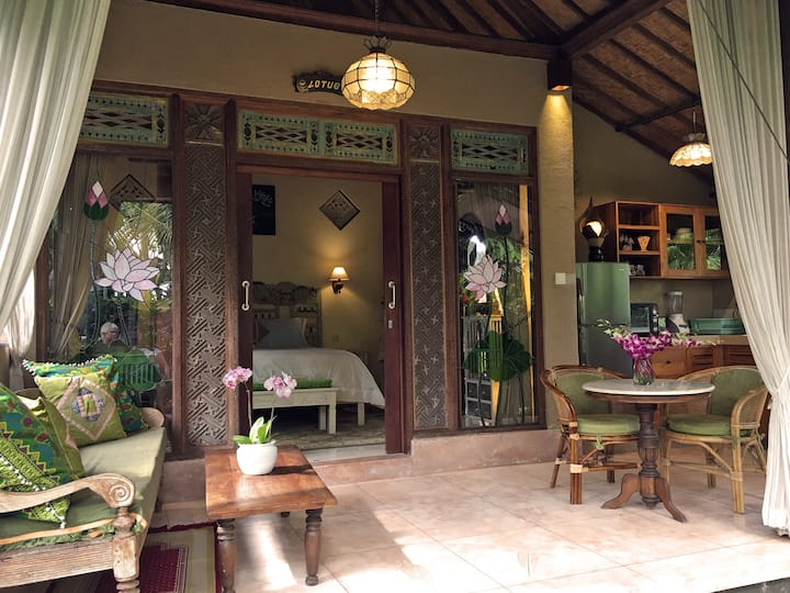 Lotus Cottage - Quiet, wifi, garden, peace, Ubud.