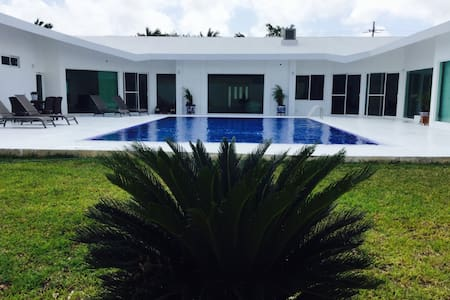 white house bed and breakfast casa completa - Cancún - Bed & Breakfast