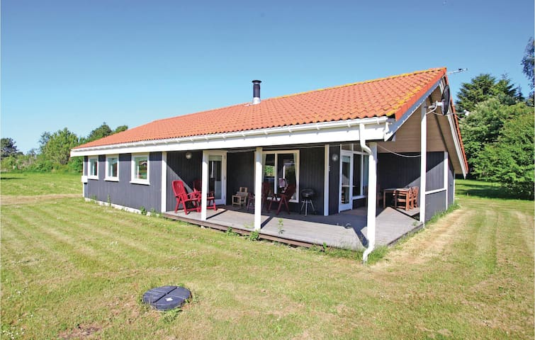 Holiday cottage with 3 bedrooms on 83 m² in Vig