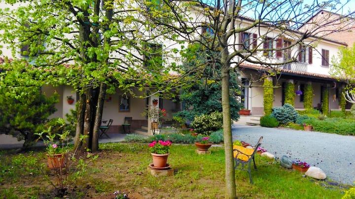 San Rocco di Villa:paesaggi tra Langa e Monferrato