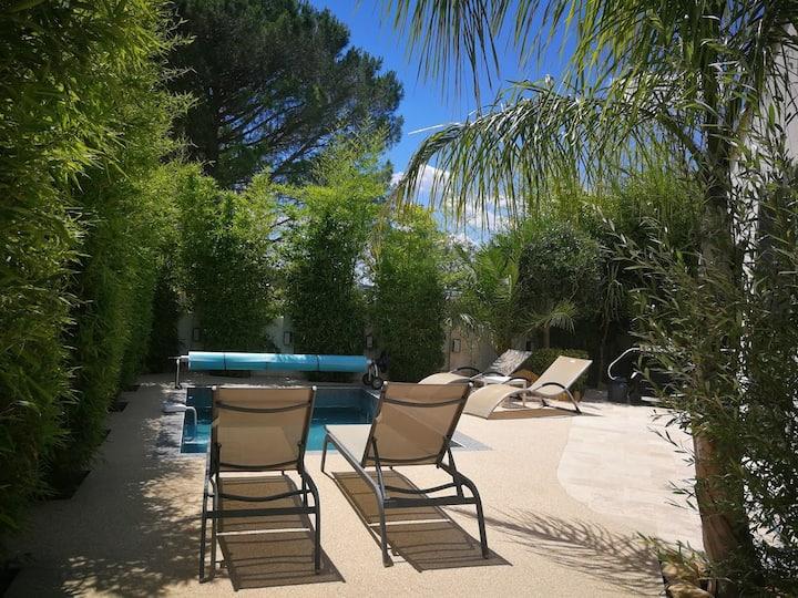 Villa contemporaine piscine chauffée cote d'azur