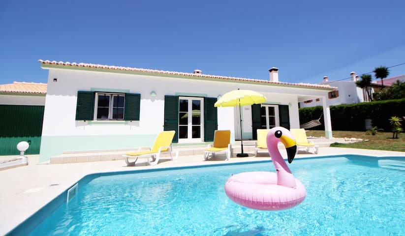 Traumvilla mit eigenem Pool. So macht man Urlaub!!