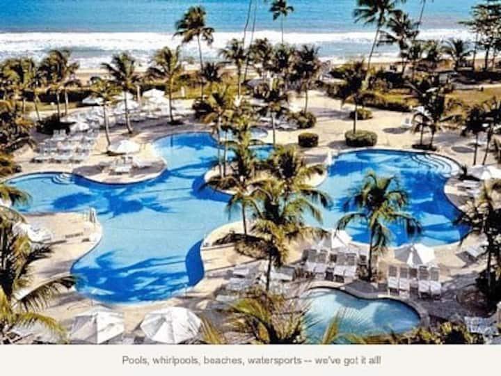 Luxury Ocean Villa ( Beachfront ! )