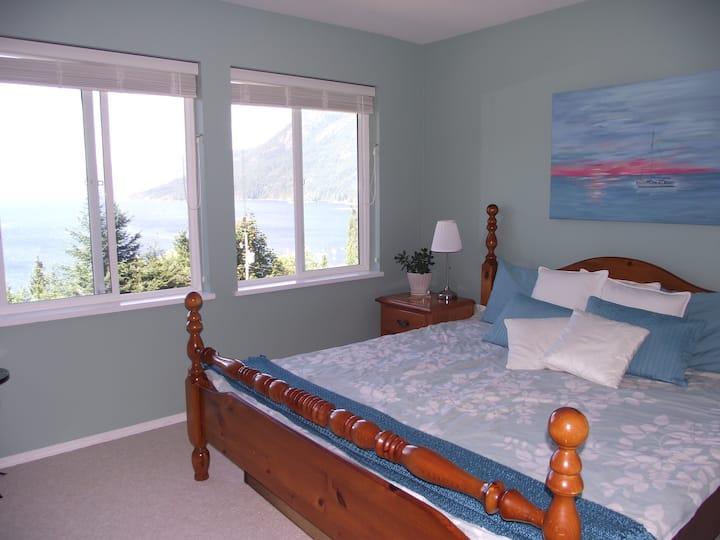 Pacific Peace Retreat Ocean Room